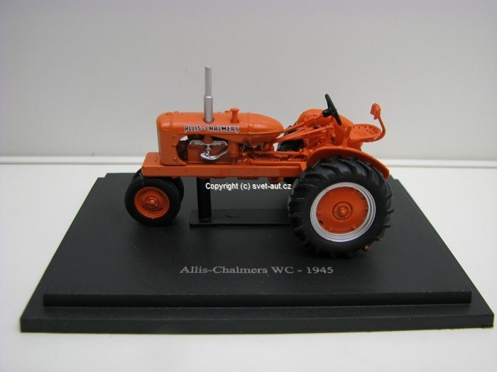 Traktor Allis-Chalmers WC 1945 1:43 Universal Hobbies